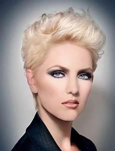 kurzhaarfrisuren blond damen bilder kurzhaarfrisuren f 252 r damen bilder und ideen 2015 2016