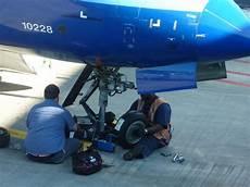 Aircraft Technician Aircraft Maintenance Technician Wikipedia