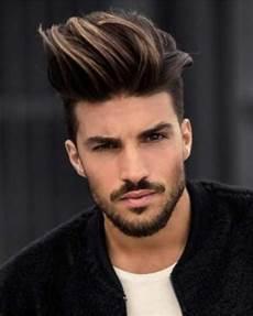 frisuren männer locken 2018 best undercut hairstyle 2018 s hairstyles haircuts
