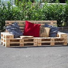 divanetti fai da te divano pallet prezzo divanetto con bancali dal design unico
