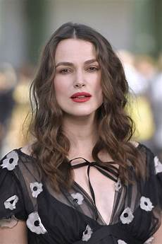keira knightley at chanel cruise collection 2020 show in