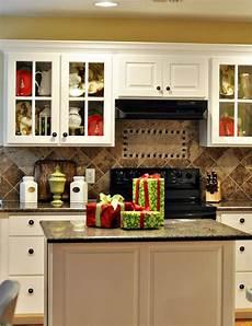 decorating kitchen ideas 40 cozy kitchen d 233 cor ideas digsdigs