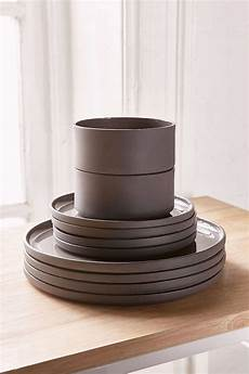 Designer Dishes Contemporary Dinnerware Sets Amp Elegant Contemporary