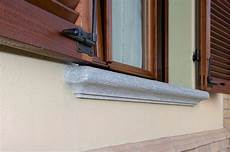 davanzale in pietra scale esterne in pietra balconi e davanzali su misura
