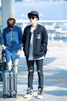 picture fansitesnap bts at incheon airport depart to san