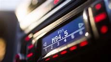 weniger vielfalt m94 5 verliert ukw frequenz das medienmagazin b5 aktuell radio br de