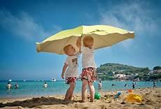Les Avantages Detre Membre Parent De Jumeaux Les Avantages D 234 Tre 224 Deux