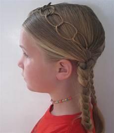 20 beautiful christmas hairstyles for ladies 2017 sheideas