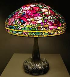 Tiffany Street Lighting The Awesomeness Of Louis Comfort Tiffany Lamps Warisan