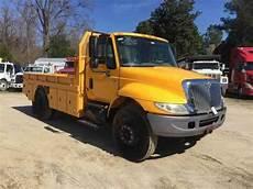2007 International 4300 Check Ac Light International 4300 2007 Utility Service Trucks