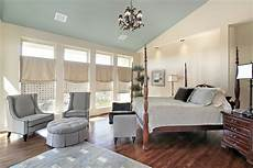 Master Bedroom Sitting Area Master Bedrooms With A Sitting Area Sofa Chairs Chaise