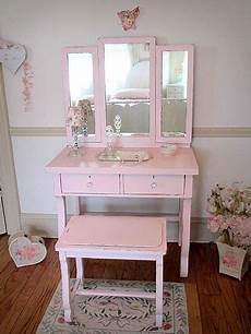 sweet empire pink vanity with tri fold mirror and