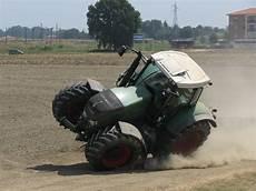 malvorlagen traktor eicher kinder zeichnen und ausmalen