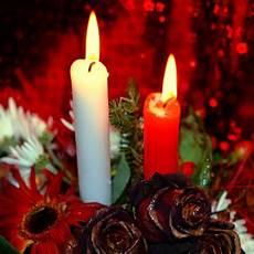 immagini candele natalizie decorazioni di natale le candele