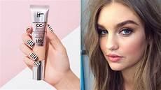 It Cosmetics Cc Cream Light It Cosmetics Cc Cream Lasts All Day Without A Primer