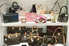 2nd Hand Designer Bags Singapore Japankuru Shopping Shinjuku S Own Secondhand Luxury