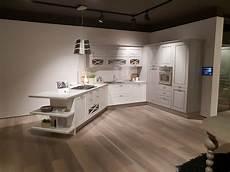 cucina lube agnese cucina lube modello agnese con penisola