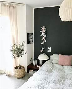 wanddeko schlafzimmer lichterkette pink grey interior schlafzimmer