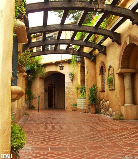 beautiful spanish hacienda in santa barbara huntto com courtyard of rancho del zocalo usa architecture