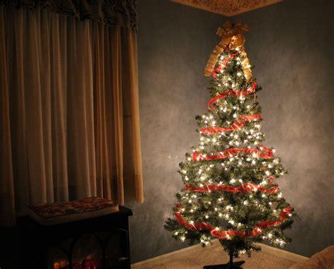 images red glow empty lonely decor christmas tree illuminated christmas decoration