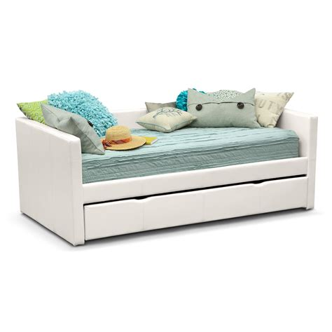 Furniture Daybed by Carey White Daybed With Trundle Value City Furniture