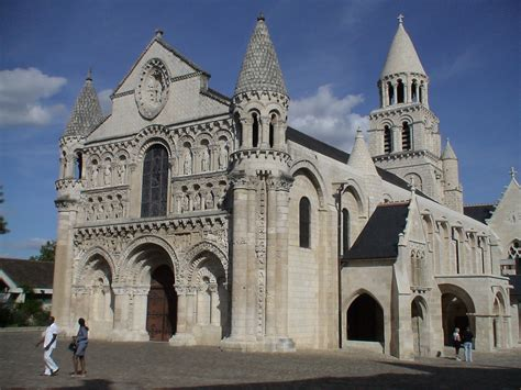 opinions on romanesque architecture