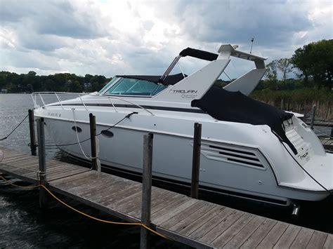 boat dealers minnetonka mn 1999 trojan 360 express yacht power boat for sale www