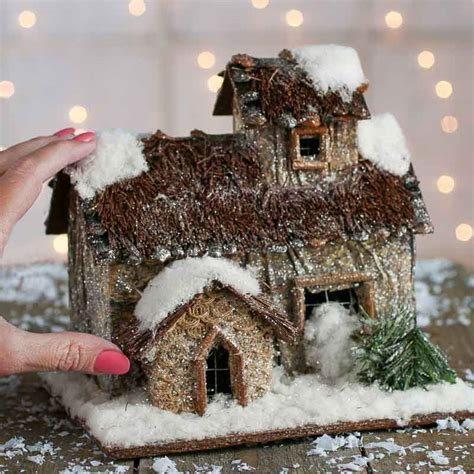 Rustic Woodland Christmas Cabin   Decorative Accents