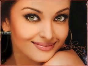 aishwarya eye color معلومات شخصيه