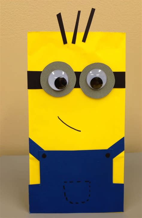how to make minion favor bags 8 best images about minion party on pinterest mouths