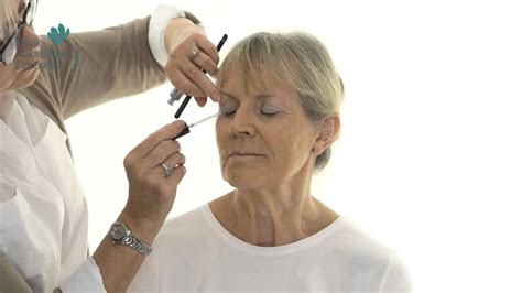 makeup technique for women over 70 makeup for older women define your eyes and lips over 70