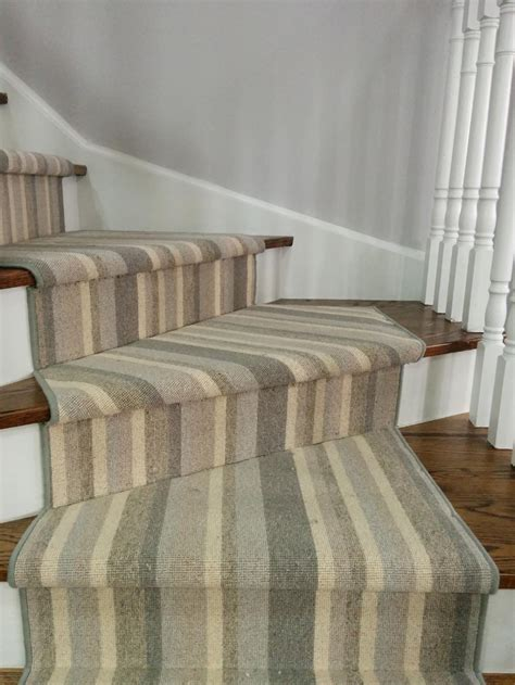Striped Runner Rugs by Striped Stair Carpet Runners Best Decor Things