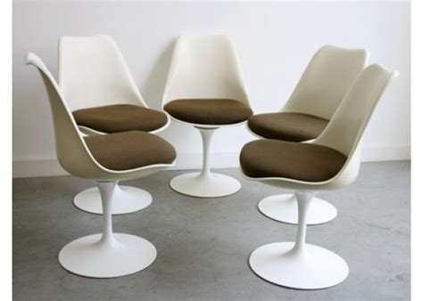 buy the knoll tulip chair at nest co uk vintage tulip chairs by eero saarinen for knoll set of 5