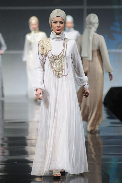 Fashion Someday Tunik white wedding dress hijabi wedding