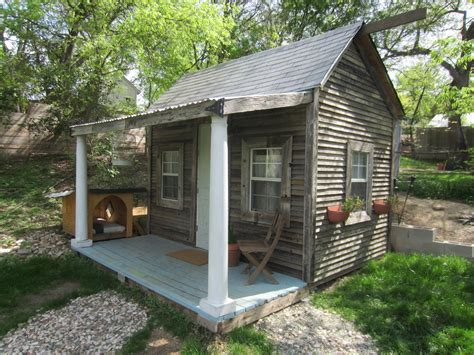 tiny home rentals relaxshacks francis tiny house cabin for rent in tx