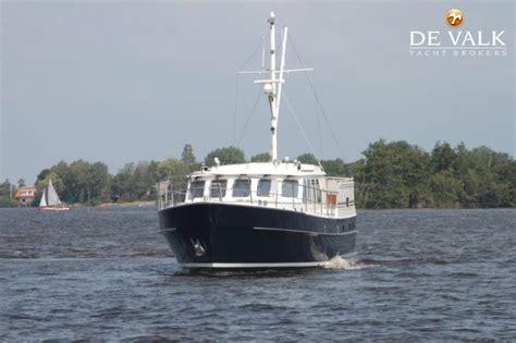 valk yachting loosdrecht doggersbank 1600 motorboot te koop jachtmakelaar de valk
