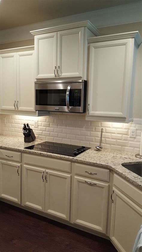 Which Color Subway Tile For Maple Cabinets And Granite - 25 best ideas about beveled subway tile on