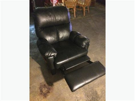black lazy boy recliner black leather lazy boy type recliner saanich victoria