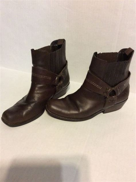 reba low rider western ankle boots brown leather 7 1 2 m