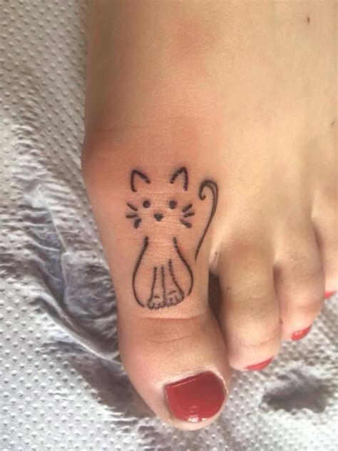 small cat tattoos 25 best ideas about small cat tattoos on