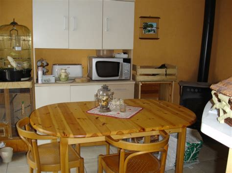 cuisine avec table int馮r馥 refaire coin repas papier ou peinture meuble