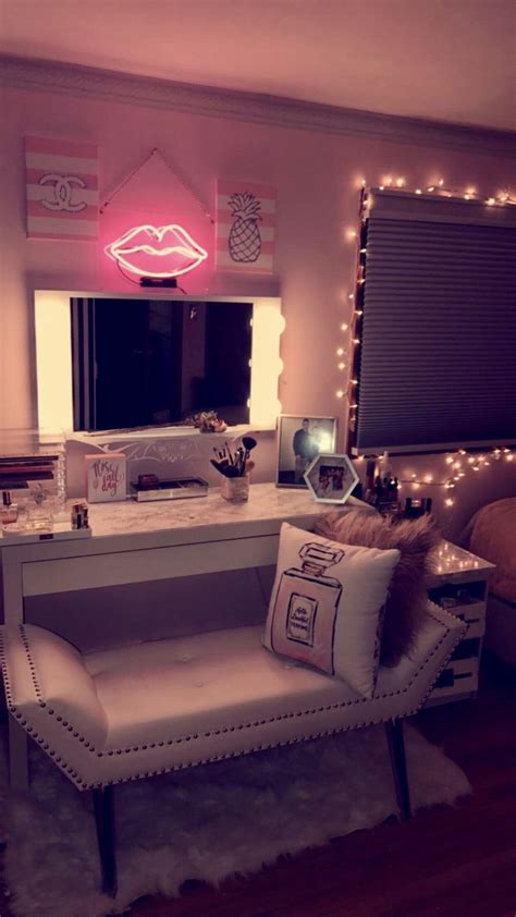 light up room decor best 25 vanity decor ideas on makeup vanity