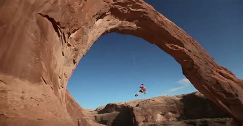 utah swing jeep pulls super bowl commercial with pendulum jump from