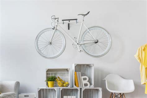 bilder an wand fahrrad an der wand aufbewahren tipps und anregungen