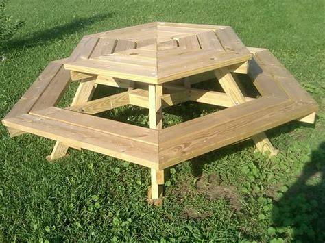 pallet picnic bench best 25 wooden picnic tables ideas on pinterest kids