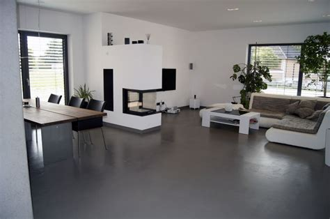 moderner bodenbelag wohnzimmer weberboden designestrich wozi