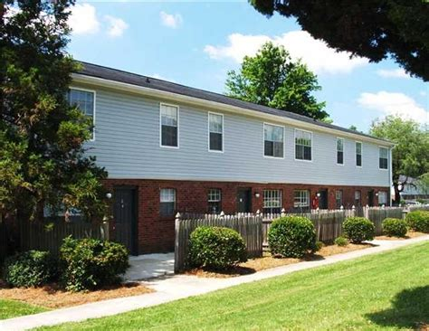 2 bedroom apartments in greensboro nc colonial apartments rentals greensboro nc apartments com