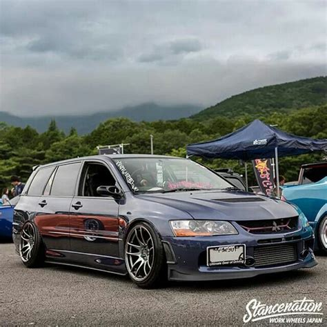 mitsubishi evo wagon slammed mmc lancer evo wagon perfect car style
