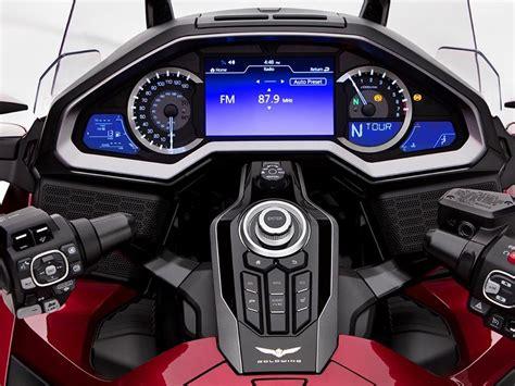 londra motosiklet fuarinda goermeniz gereken  model