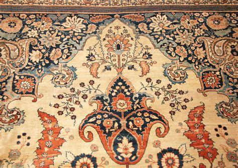 vintage rugs tips on decorating decorating tips for antique rugs home ideas